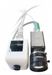 Capteur infrarouge (à gauche) et caméra visible (à droite)