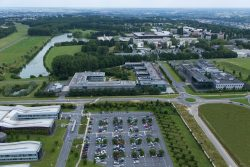 Vue aérienne du campus de l'Ecole polytechnique et de ses partenaires
