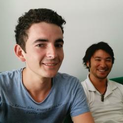 Jean (à gauche) et Taiamiti (à droite) -Ingénieurs R&D