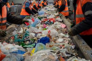 L'IA assiste l'humain et améliore la qualité du tri des déchets